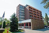 Hotel Napfény Balatonlelle, olcsó félpanziós szálloda a Balatonnál Napfény Hotel Balatonlelle - Akciós félpanziós Hotel Napfény Balatonlellén -
