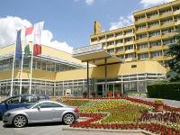 Szállás Hévíz - Hotel Helios, háromcsillagos, felújított szálloda Hévízen Hunguest Hotel Helios*** Héviz - akciós wellness és gyógyszálloda Hévízen -