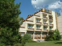 Hotel a Velencei tónál - Piramis Hotel Gárdony  Piramis Hotel Gárdony - Akciós szállás a Velencei tó partján Gárdonyban -
