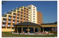 Prémium Hotel Panoráma Siófok - 4 csillagos wellness szálloda közvetlen a vízparton, panorámás kilátással a tóra Prémium Hotel Panoráma**** Siófok - Akciós félpanziós wellness hotel Siófokon -