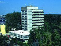 Hotel Hőforrás - 3 csillagos szálloda Hajduszoboszlón Hotel Hőforrás*** Hajdúszoboszló - termál szálloda közel a gyógyfürdőhöz akciós áron -