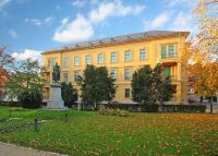 Ipoly Residence Hotel Balatonfüred - exkluzív lakosztályok a Balaton partján Ipoly Residence Hotel Balatonfüred - akciós luxus apartman hotel wellness szolgáltatásokkal a Balatonon, Balatonfüreden -