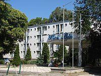 Hotel Lido Budapest - Szálloda Rómaifürdőn - akciós csomagajánlatok online foglalással Lido Hotel Budapest - Római-parton akciós szálloda a Dunaparton Budapesten -