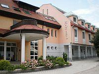 Termál Hotel Aqua *** - háromcsillagos szálloda Mosonmagyaróvár szívében Aqua Hotel Termál*** Mosonmagyaróvár - Akciós Aqua Hotel Mosonmagyaróváron a gyógy- és termálfürdő területén -